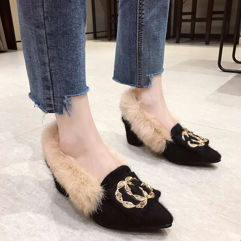 Trendy British Style shoes women women pumps Winter Fur Slides flock pointed toe metal decoration square heels Sleeve Tassel 18