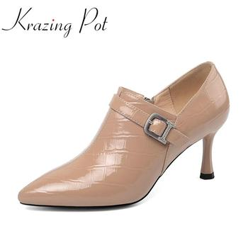 Krazing pot 2020 new large size full grain leather pointed toe thin high heels buckle decorations mature zipper spring pumps L04