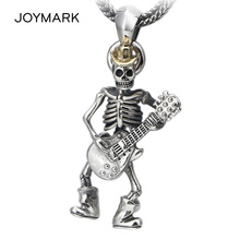 Thai Silver Punk Rock Guitarist Skull Pendant For Men and Women Hip-hop Personalized S925 Sterling Silver Jewelry Pendant TSP251 s990 sterling silver fashion jewelry personalized men s retro thai silver spike mosaic agate turquoise pendant