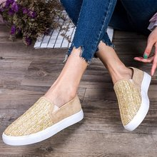 2019 new  casual flat girls soft comfortable shoe woman round toe slip on wxx034
