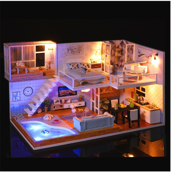 Revo's Loft DIY Miniature House Kit (House & Music)