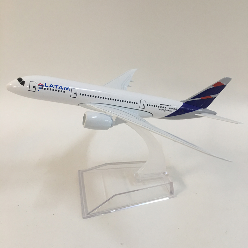 JASON TUTU 16cm Plane Model Airplane Model LATAM Boeing 787 Aircraft Model Diecast Metal Airplanes 1:400 Plane Toy Gift