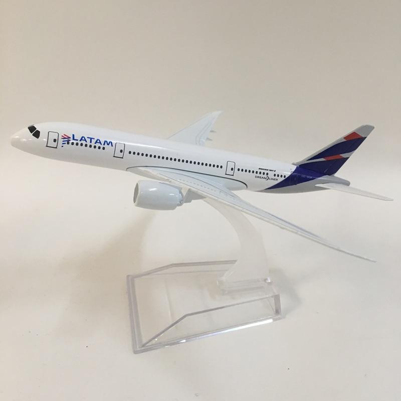 JASON TUTU 16cm Plane Model Airplane Model LATAM Boeing 787 Aircraft Model Diecast Metal Airplanes 1:400 Plane Toy Gift