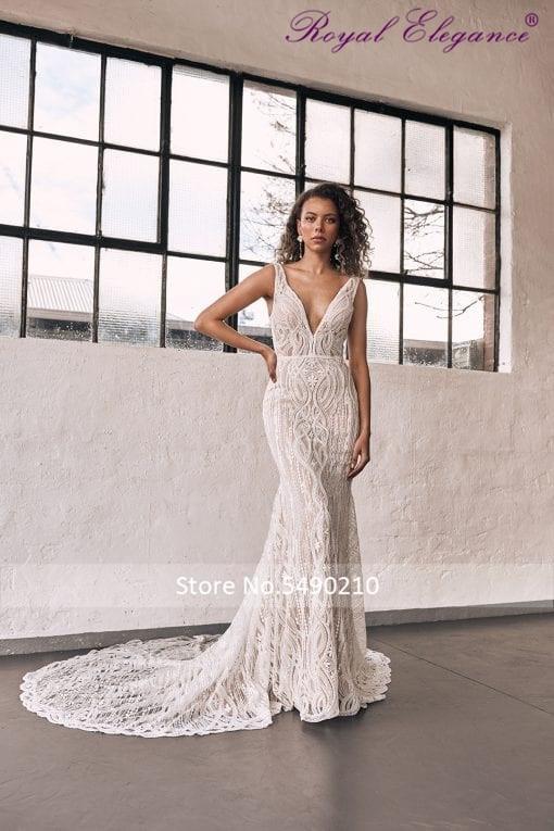Royal Elegance  Sexy V Neckline Vestido De Noiva Heavy Beaded Luxury Sleeveless Wedding Dress Abiti Da Sposa