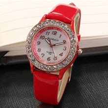 WOMAGE Women Watches Casual Ladies Crystal Womens Quartz Wristwatch Leather Band montre femme reloj mujer