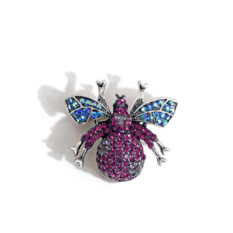 Kingdeng Lebah Bros Berlian Imitasi Cute Bling Wanita Enamel Pin Perhiasan Fashion Hadiah untuk Pria Laple Pin Mewah Kartun Pink Party