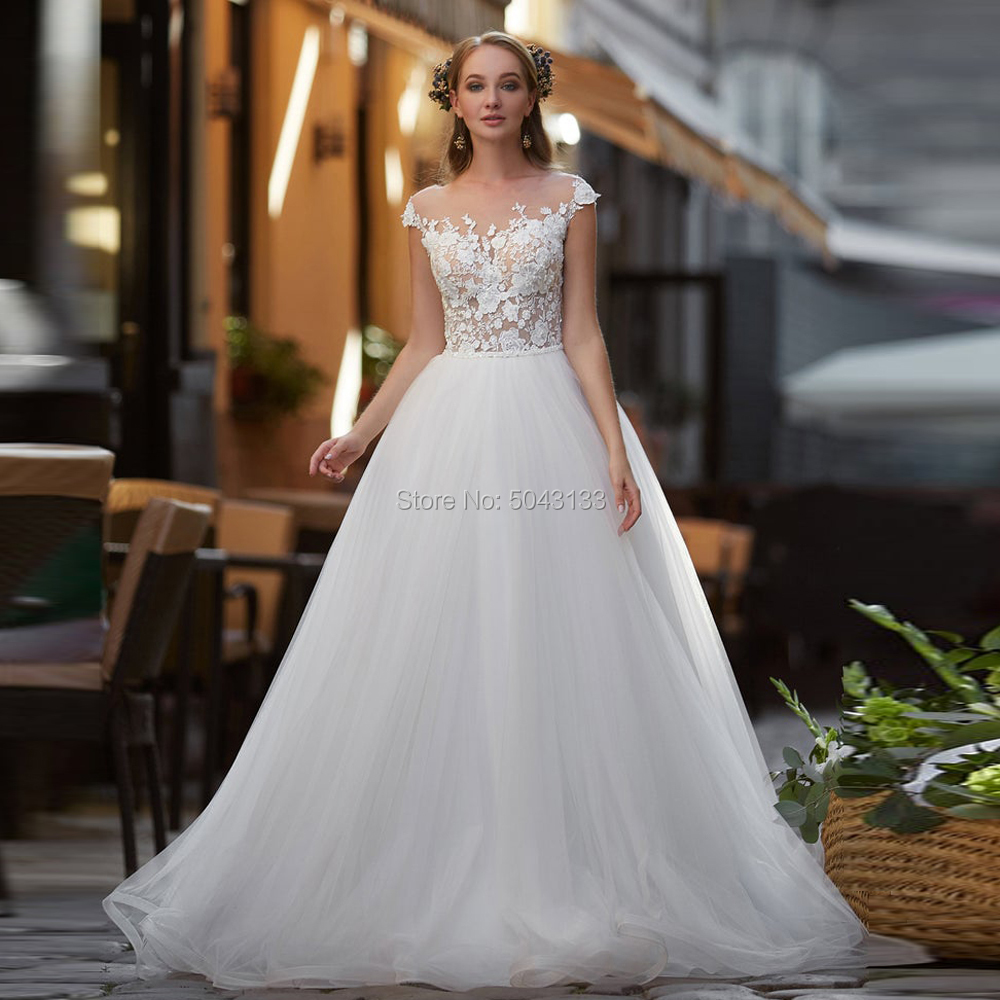 A Line Lace Appliques Soft Tulle Boho Wedding Dresses Sexy Sheer Top O Neck Short Sleeves Formal Wedding Bridal Gowns 2019 Beads
