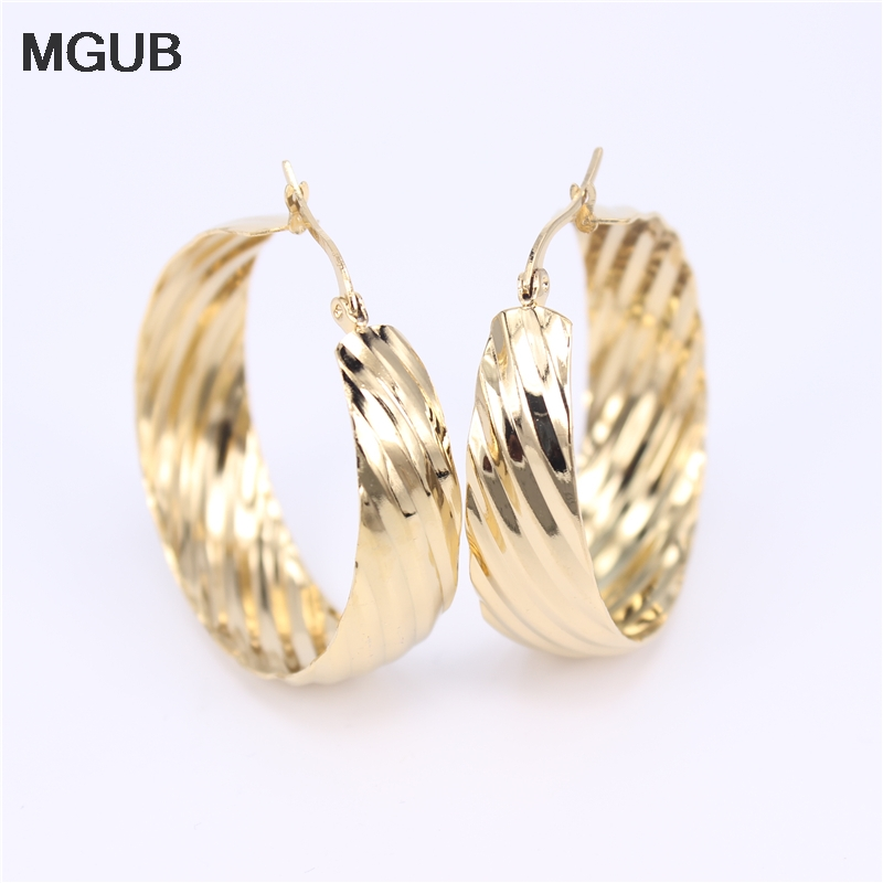 Diameter 25-40MM Fashion Circle Hoop Earrings For Women Statement  Gold Color Round Circle Earring Party Gift SL44
