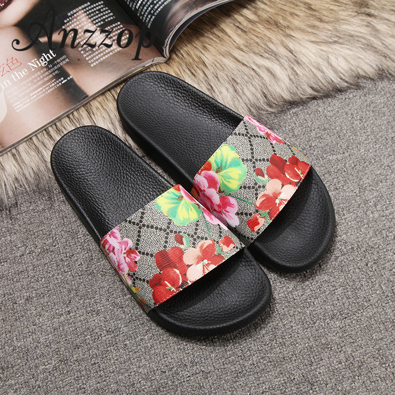 Women's Slippers Luxury Leather Star Floral 2019 Summer Men And Women Large Size Roman Sandals Outdoor Non-slip Beach Shoes