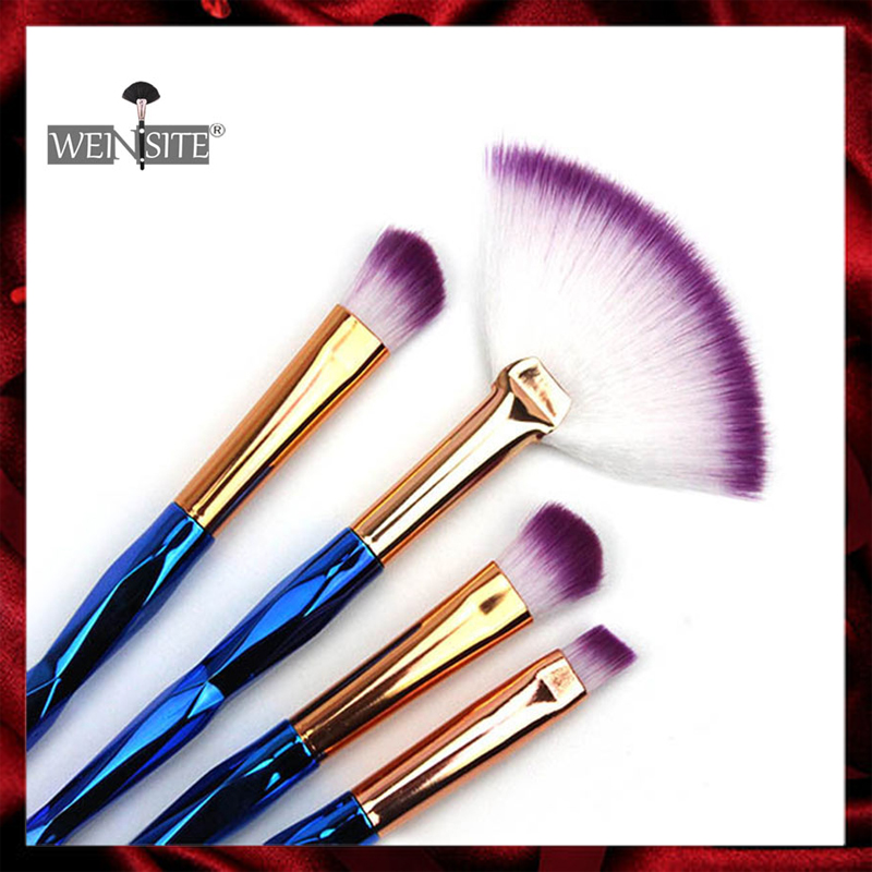 4PCS/Lot Makeup Brushes Set Powder Blush Eye Shadow Lip Cosmetic Tools for Women Beauty Blending Makeup Brushes pincel maquiagem