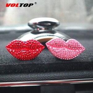 Image 4 - Clip de parfum de voiture rouge à lèvres ornements de voiture sortie dair tableau de bord décoration accessoires de voiture pendentif suspendu intérieur