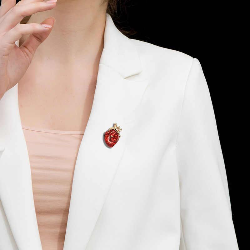 Blucome vermelho esmalte vívido coração broches mulheres homens camisola pingente hospital clínica profissional uniforme médico broche pinos