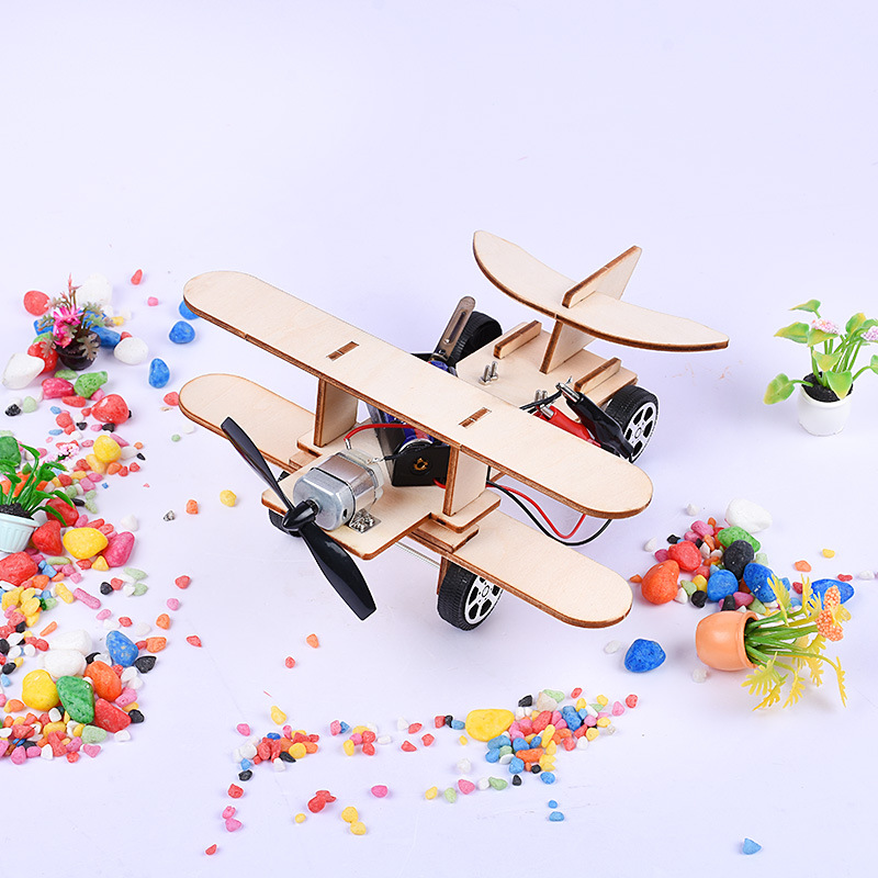 Science And Technology Small Production DIY Gliding Airplane Children Handmade China Science Publishing & Media Ltd.(cspm) Inven|  - title=