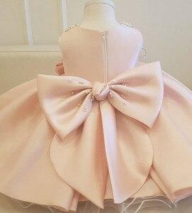 Белое Атласное Свадебное платье принцессы для маленьких девочек вечерние платья с бантом из бисера на день рождения для маленьких девочек, ...