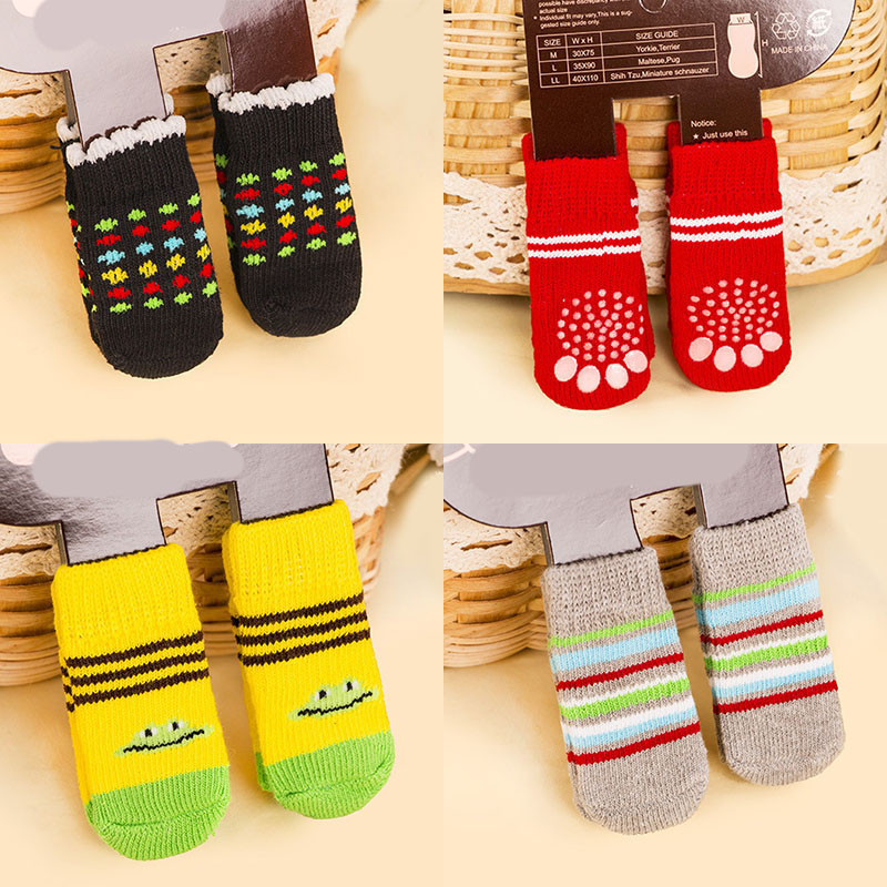4pcs Warm Puppy Dog Shoes Soft Acrylic Pet Knits Socks Cute Cartoon Anti Slip Skid Socks For Small Medium Dogs Pet Product S/M/L