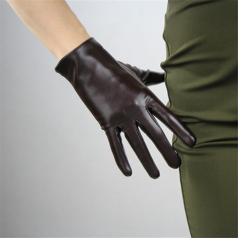 2020 New 21cm Touchscreen Short Gloves Emulation Leather Patent Leather Dark Brown Coffee Black White Female PU Gloves PU98-21