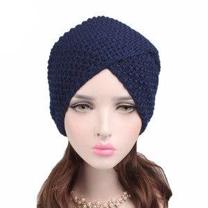 Image 3 - Мусульманская женская зимняя шапка, теплая шерстяная вязаная шапка, облегающая шапка для сна, головной убор для пациентов с раком