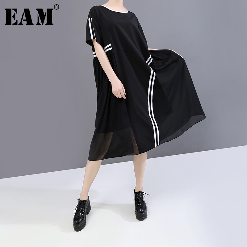 [EAM] Women Black Striped Split Joint Big Size Chiffon Dress New Round Neck Short Sleeve Loose Fashion Spring Summer 2020 1W341