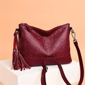Image 2 - Fashion Printing Ladies Shoulder Bag Luxury Handbags Designer Elegant Tassel Bags for Women High Quality Purses and Handbags Sac