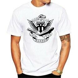 Venda quente 100% Dos Homens do algodão de Indústrias de Ponta Superior Ama O Teu Barbeiro T CAMISA Branca Tatuagem Águia Flash