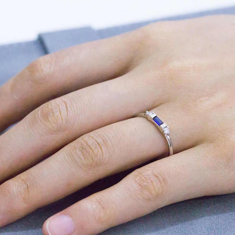 Square Cubic Zircon ขนาดเล็กแหวนหมั้นผู้หญิง Rose Gold สี Micro Paved หญิงเครื่องประดับแหวน DBR148