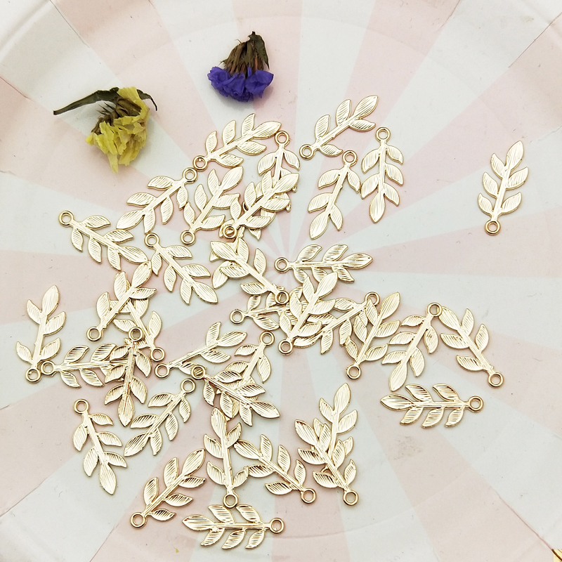 20pcs Zinc Alloy Golden Mini Leaves Charms Floating For DIY Fashion Drop Earrings Jewelry Making Accessories Tree Leaf Pendants 5