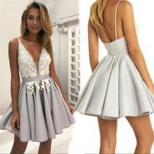 Короткое серебристое коктейльное платье 2021 кружевное серое