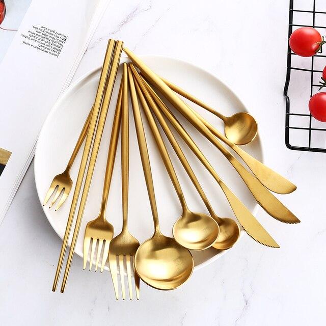 Cubiertos de oro, cuchillo para carne, tenedor cuchara café, cucharilla, cuchillos para la mantequilla, postre, tenedor, cuchara, palillos, vajilla de acero inoxidable