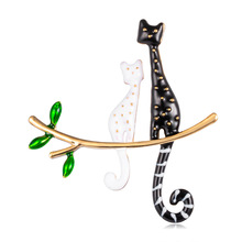 Creative Animal Brocade Series Oil Drip Cute Cat Womens Chest Flower Cross-Border Hot Selling Brocade.