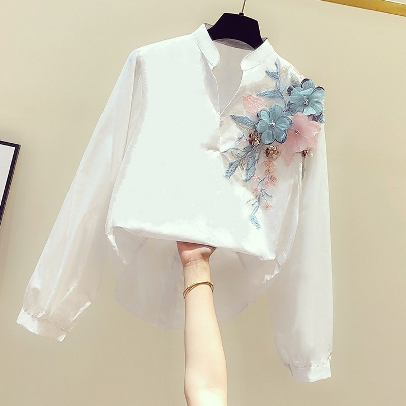 2020 Spring New Korean-Style Embroidered Flower V-neck Long-Sleeve Shirt Women's Blouse Casual Temperament Floral Blouses Tops