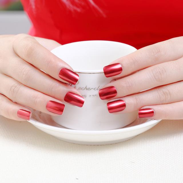 Hot Water Based Nail Polish