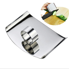 1 Pcs  Stainless Multifunctional Cutting Magic Finger Guard Device kitchen tool