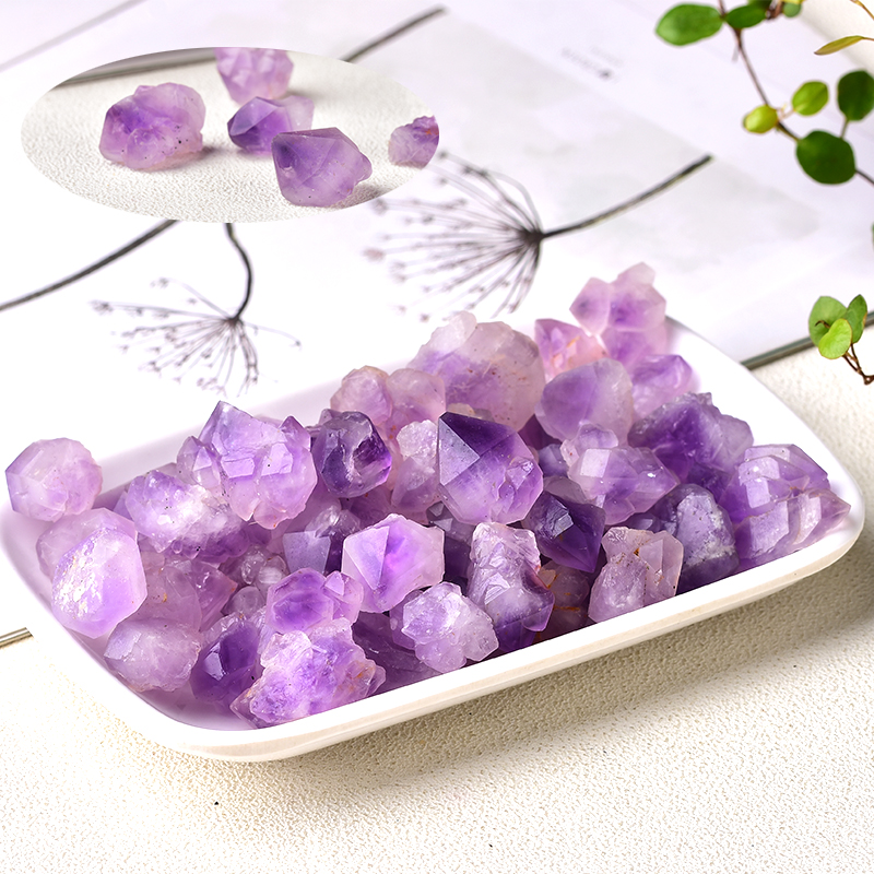 50/100g Natural Stone Brazil Amethysts Crystal Random-shaped Stones Reiki Fish Tank Home Decoration Fengshui Healing Meditation