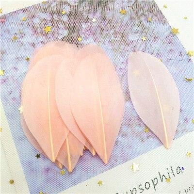 Натуральные гусиные перья 4-8 см, многоцветные белые перья, поделки своими руками, украшения для свадебной вечеринки, аксессуары, 50 шт - Цвет: champane 50pcs