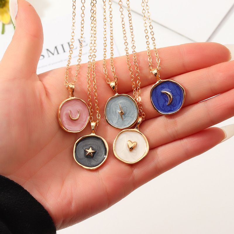 New Fashion Necklace Alloy Drop Oil Love Heart Moon Lightning Necklaces Elegant Cute Round Party Gift Jewelry For Women