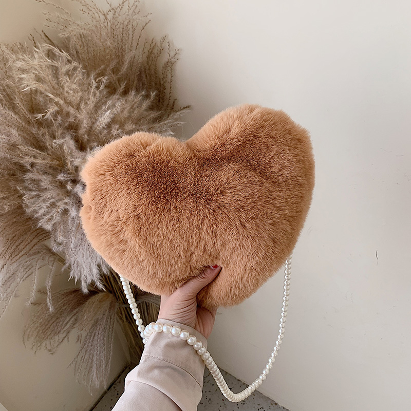 HOCODO Heart-Shaped Crossbody Bags For Women 2019 Solid Color Faux Fur Shoulder Messenger Bag Small Pearl Chain Ladies Handbags