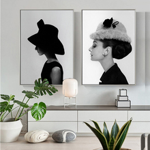 Portrait Poster Famous Audrey Hepburn Wall Art Canvas Painting Black and White Pictures for Living Room Cuadros Home Decor
