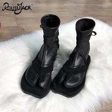 European Design Split Toe Women Boots Personality Flat Strap Ankle Boots Toe Jap