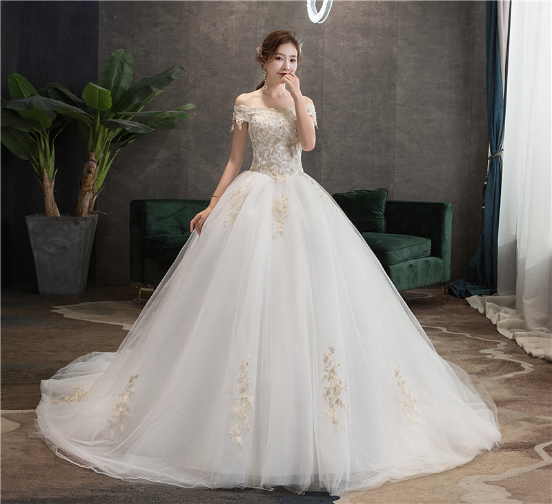 EZKUNTZA 2019 New Sexy Boat Neck Off The Shoulder Wedding Dress Lace Embroidery Plus Size With Train Bride Gown Robe De Mariee L