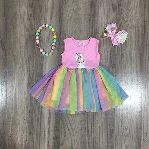 Весенне-летнее платье с принтом Пасхальных Кроликов для маленьких девочек, розовое газовое платье в разноцветную полоску с бантом и ожерел...