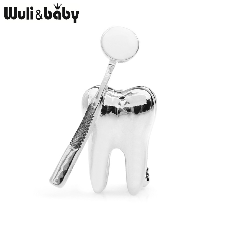 Wuli&baby Gold Silver Color Dental Mirror Brooches Women Men Personality Style Doctor Dentist Uniform Brooch Pins Gifts 5