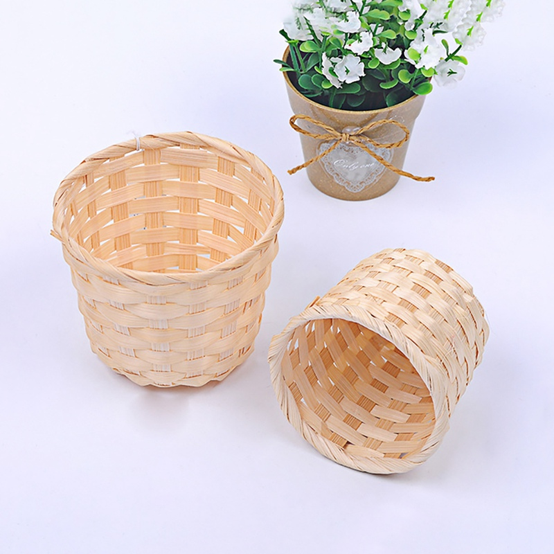 Unique Hand-woven Flower Laundry Basket Household Retro Bamboo-woven Storage Basket For Sundries Garden Laundry Basket