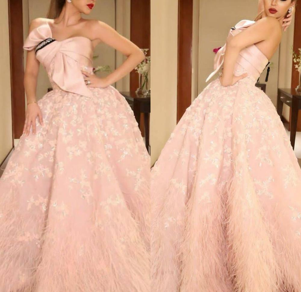 2020 Pink Prom Dresses Strapless Bow Lace Appliques A Line Feather Evening Gowns Custom Made Elegant Robes De Mariée