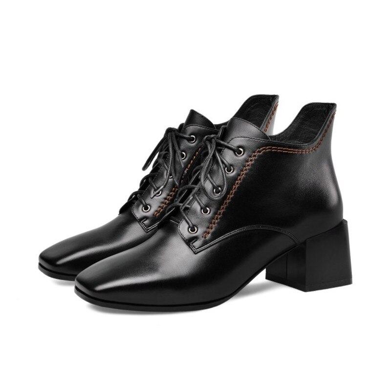 2019 automne nouvelles chaussures pour femmes en cuir dentelle Martin bottes bottes courtes talon épais mi-talon chaussures pour femmes