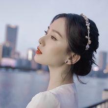 Diademas de diamantes de aleación de perlas para mujer, accesorios para el cabello de moda, diadema de perlas bobinadas de hojas, diademas de pelo salvaje, boutique