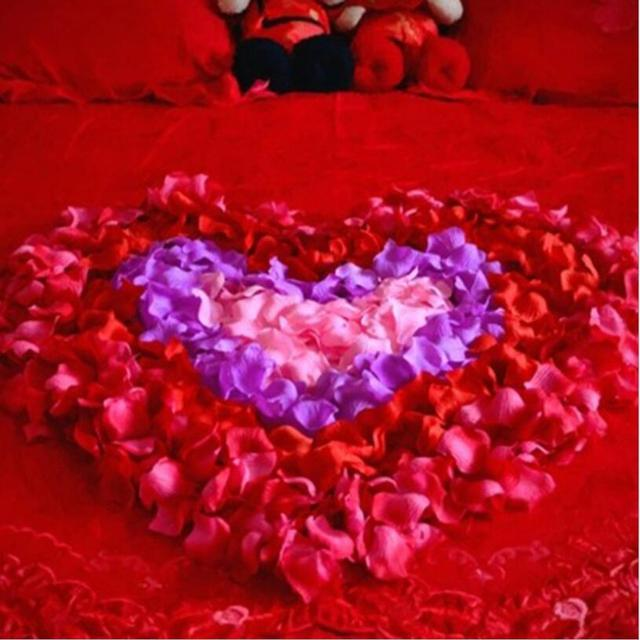 100PCS/Bag 5*5CM Silk Rose Petals for Wedding Decoration Romantic Artificial Rose Flower 40Colors Wedding Accessories 1