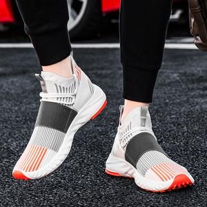 Image 1 - Socke Schuhe Mesh Turnschuhe Neuheiten Casual Flache Müßiggänger Mode Tenis Masculino Adulto Atmungsaktiv Männer Turnschuhe Slip auf Schuhe