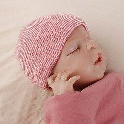 Младенческой новорожденных шапочка для больницы хлопковые рубашки в полоску теплая шапка Кепки детские головные уборы Skullies Bebe Кепки капот ...