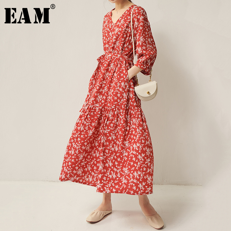 [EAM] Women Red Printed Temperament Long Dress New V-Neck Three-quarter Sleeve Loose Fit Fashion Tide Spring Autumn 2020 1S959