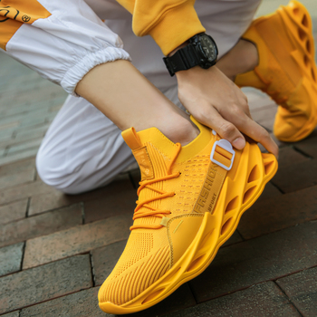 2020 Running Shoes New Flying Weave Super Light Men Sports Shoes Mesh Walking Shoes Men Sneaker Breathable Jogging Shoes original xiaomi mijia freetie ultra light running shoes men s city sneaker air mesh breathable eva sole stylish casual shoes